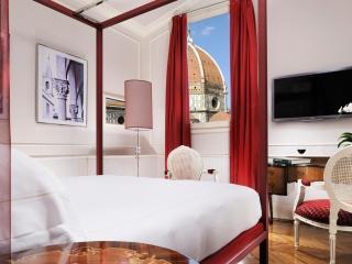 Duomo-Suite-Bedroom