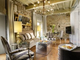 Pagliazza-Tower-Suite_Living